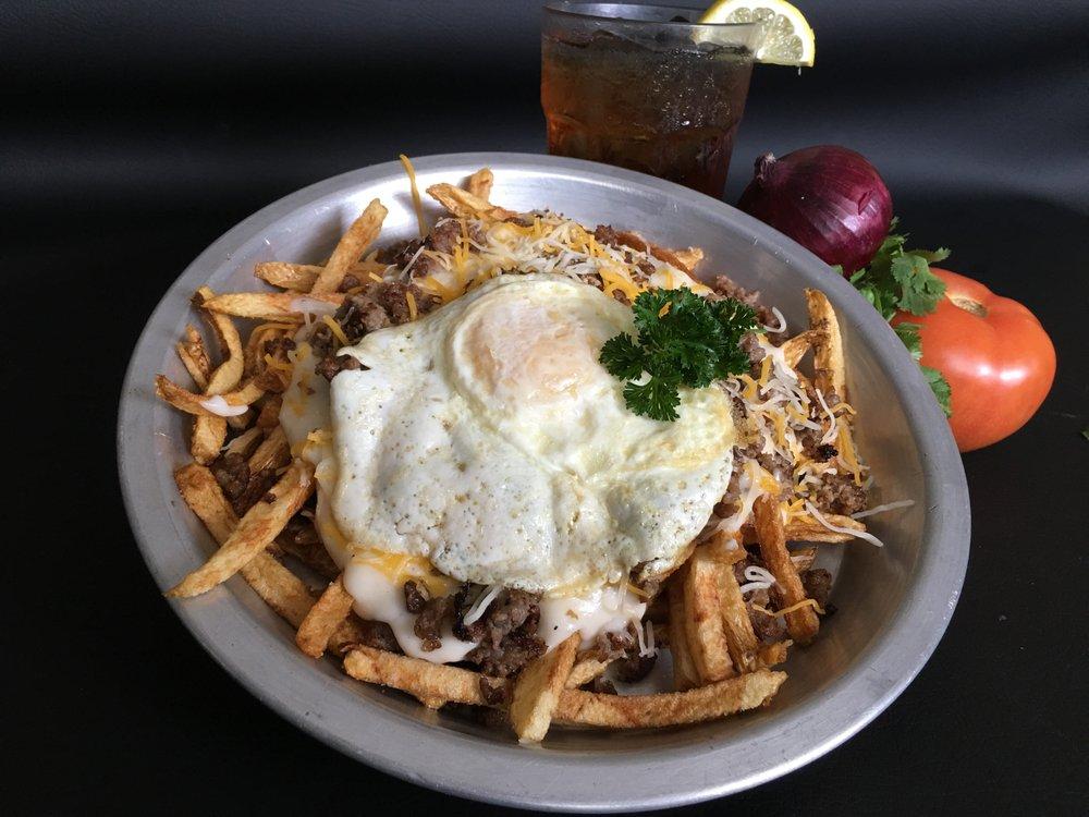 Ladonna's Grill: 524 S Dawson St, Meeker, OK