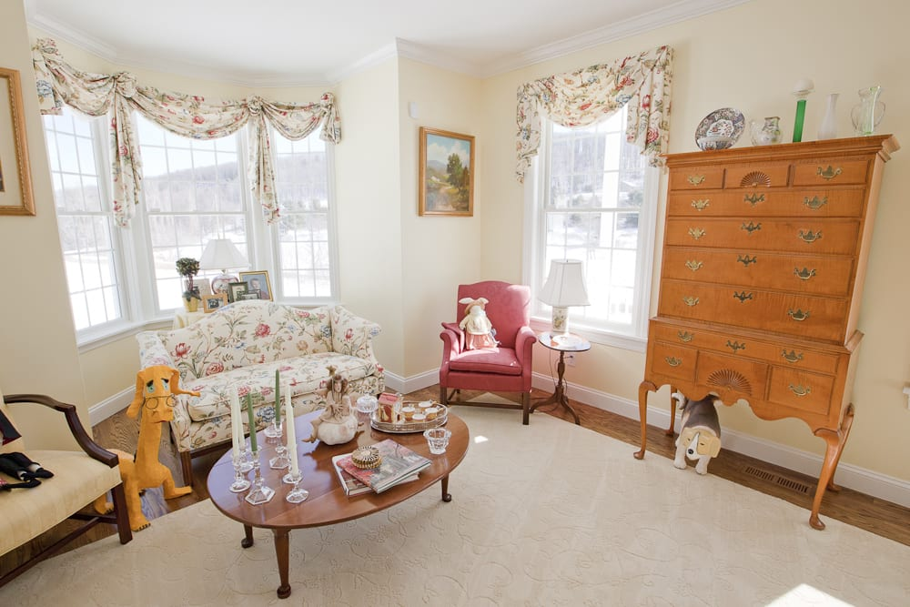Another World Bed and Breakfast: 8404 French Hill Rd, Naples, NY