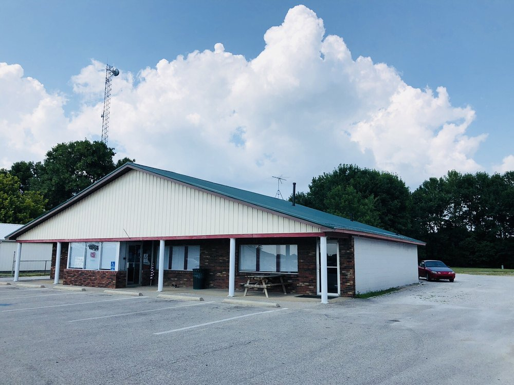 Jake's Place: 145 Old Hwy 60, Hardinsburg, KY