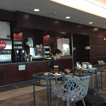 Alaska Airlines Lounge - 74 Photos & 89 Reviews - Airport Lounges ...