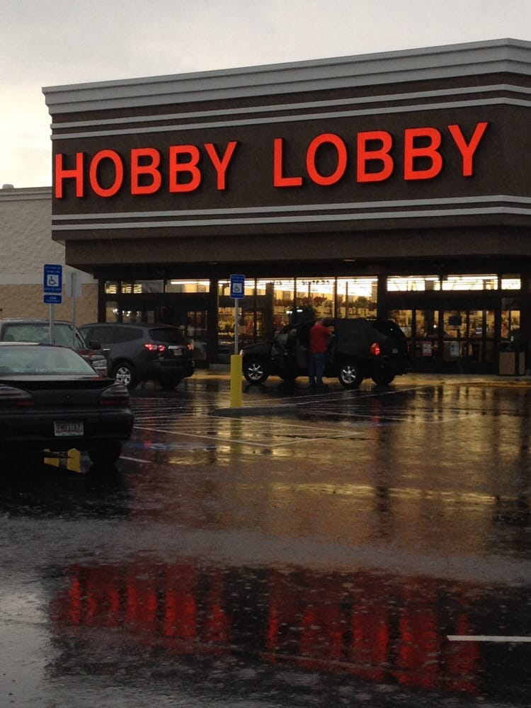 Hobby Lobby Stores, Inc., formerly called Hobby Lobby Creative Centers, is a private for-profit corporation which owns a chain of American arts and crafts .
