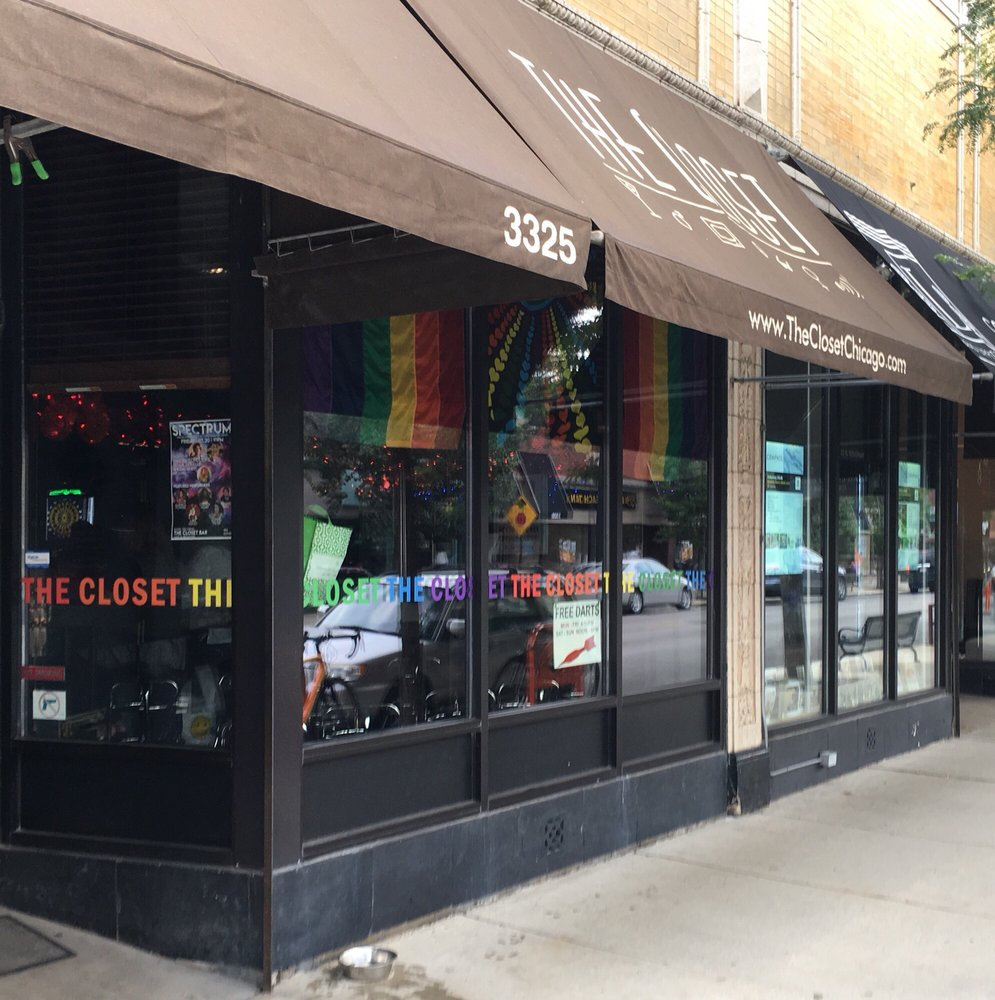 The Closet: 3325 N Broadway St, Chicago, IL