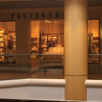 Pottery Barn 19 Photos Amp 13 Reviews Furniture Stores