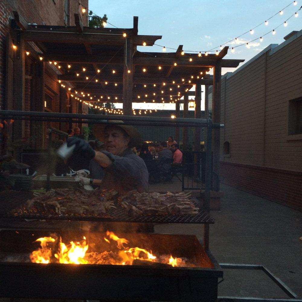 The Q Wood-Fired Grill: 137 Main St, Waitsburg, WA