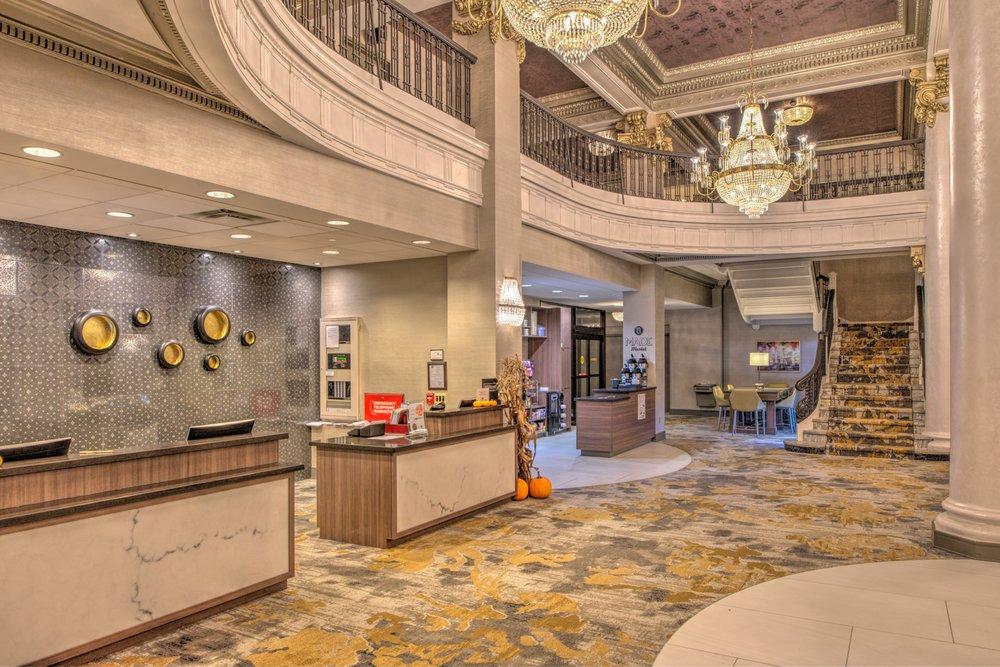 doubletree by hilton hotel utica 89 photos 54 reviews. Black Bedroom Furniture Sets. Home Design Ideas