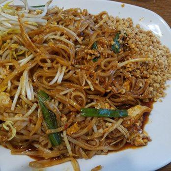 Bangkok Kitchen Order Food Online 91 Photos 192 Reviews Thai 582 W Dussel Dr Maumee