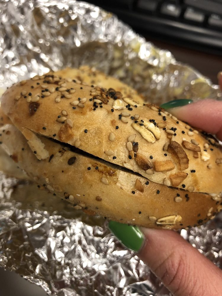 Bodie's Bagels: 20630 Ashburn Rd, Ashburn, VA