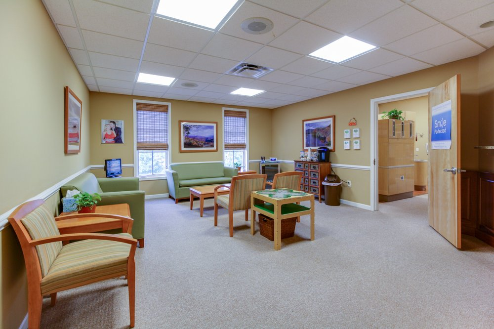 Crozet Dentist: 325 Four Leaf Ln, Charlottesville, VA