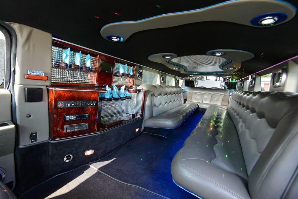 Interior - 20 penger Hummer H2 SUV Stretch Limousine - Yelp