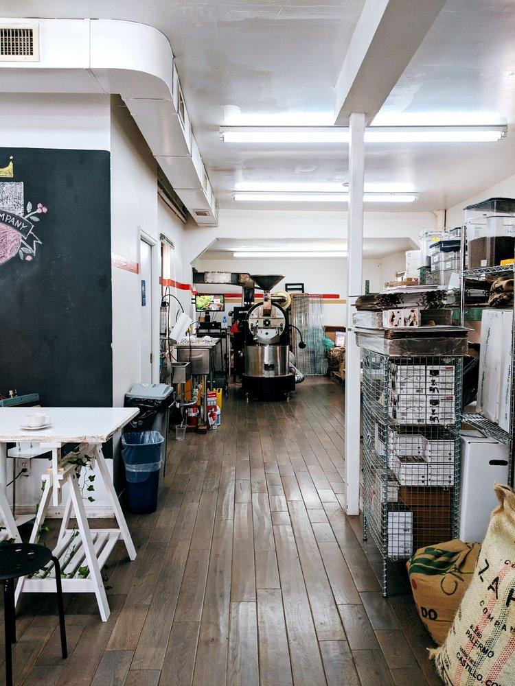 Regalia Roasting Collective: 3902 Crescent St, Long Island City, NY