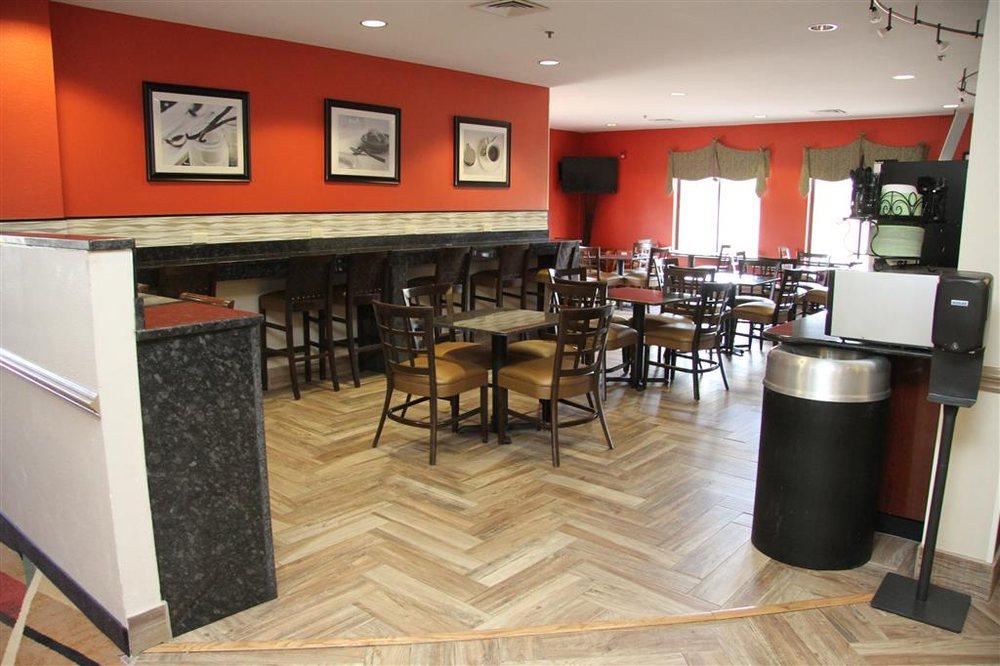Best Western Plus Suites-Greenville: 2310 Greenville Blvd NE, Greenville, NC