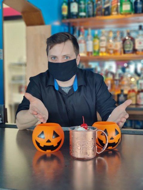 Casa Tequila Bar & Grill - Sterling: 7 Pidgeon Hill Dr, Sterling, VA