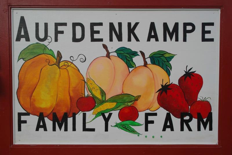 Aufdenkampe Family Farm: 3275 North Ridge Rd, Vermilion, OH