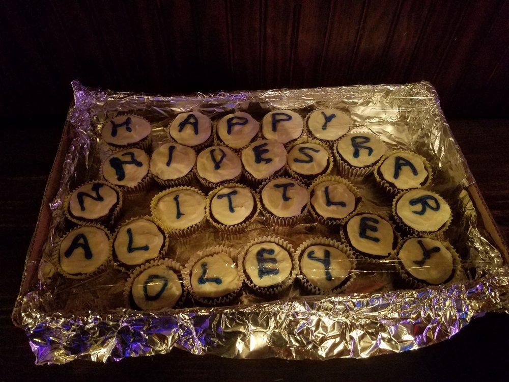 Little Oley Tavern: 2068 Farmington Ave, Boyertown, PA