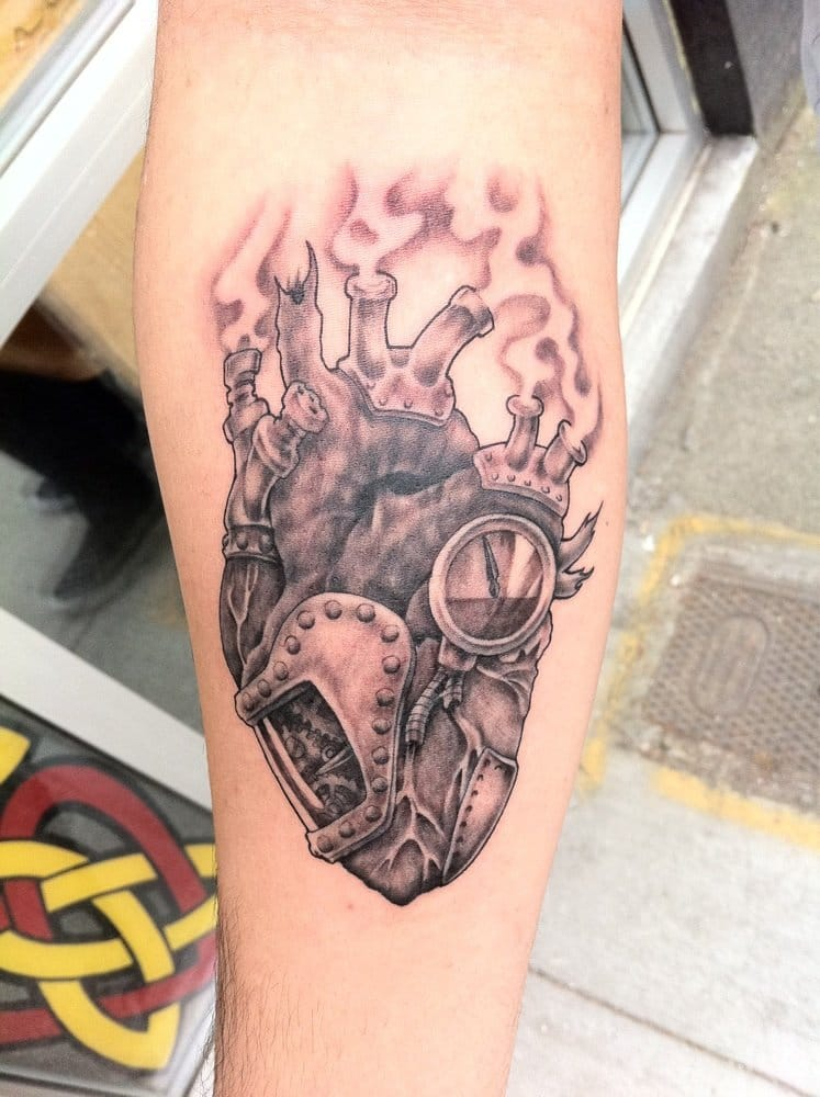 Steam punk heart by alan yelp for Tattoo parlors seattle