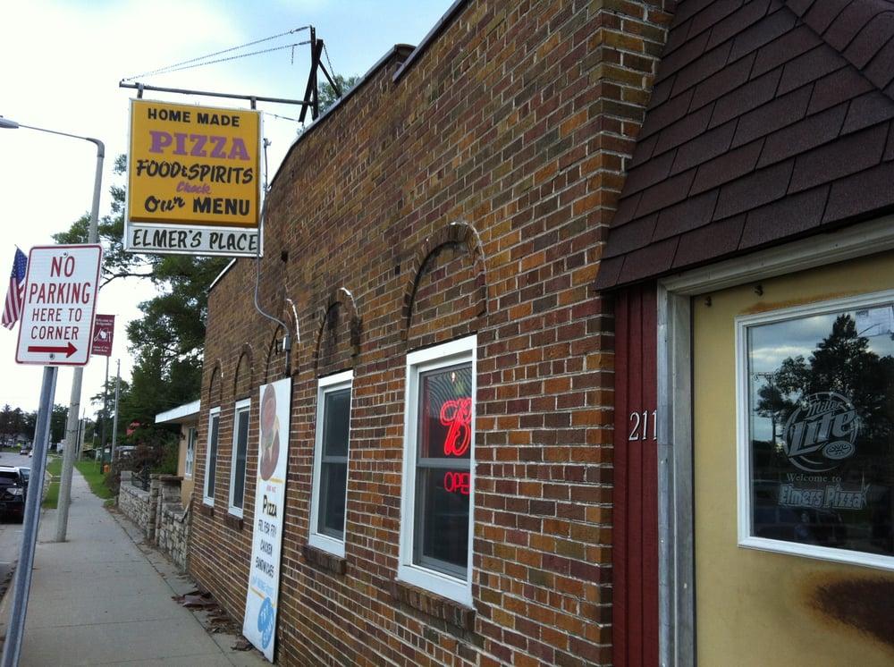 Elmer's Place: 201 E Bannerman Ave, Redgranite, WI