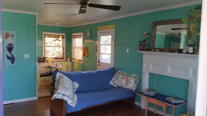 Seagull's Landing: 1803 S Shore Dr, Topsail Island, NC