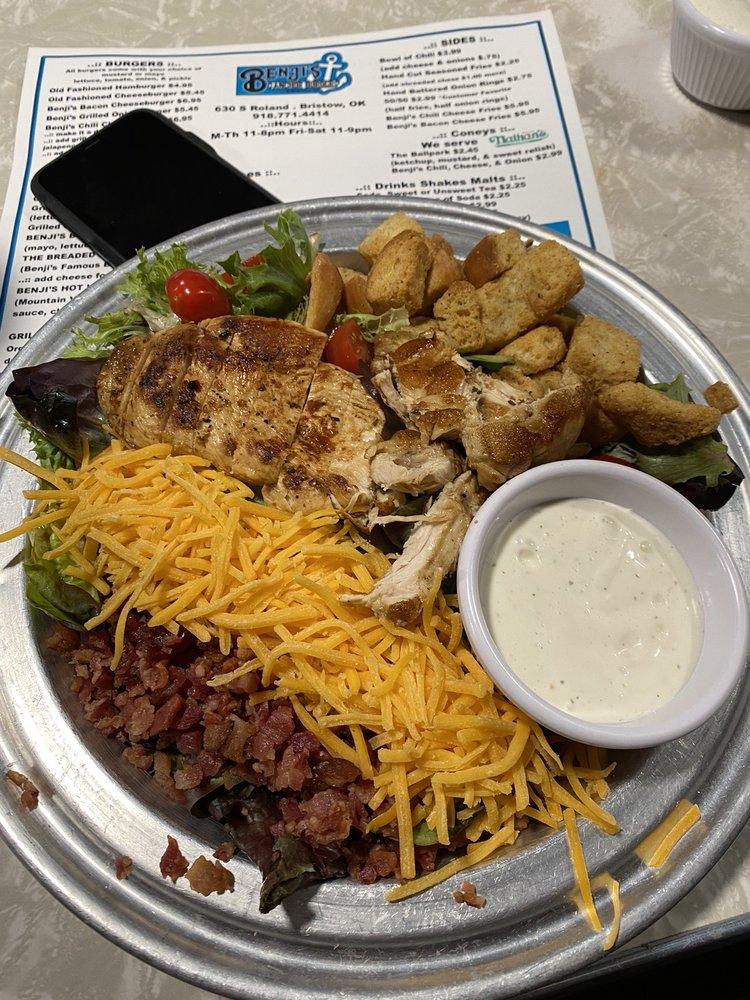 Benji's Anchor Burger: 630 S Roland St, Bristow, OK