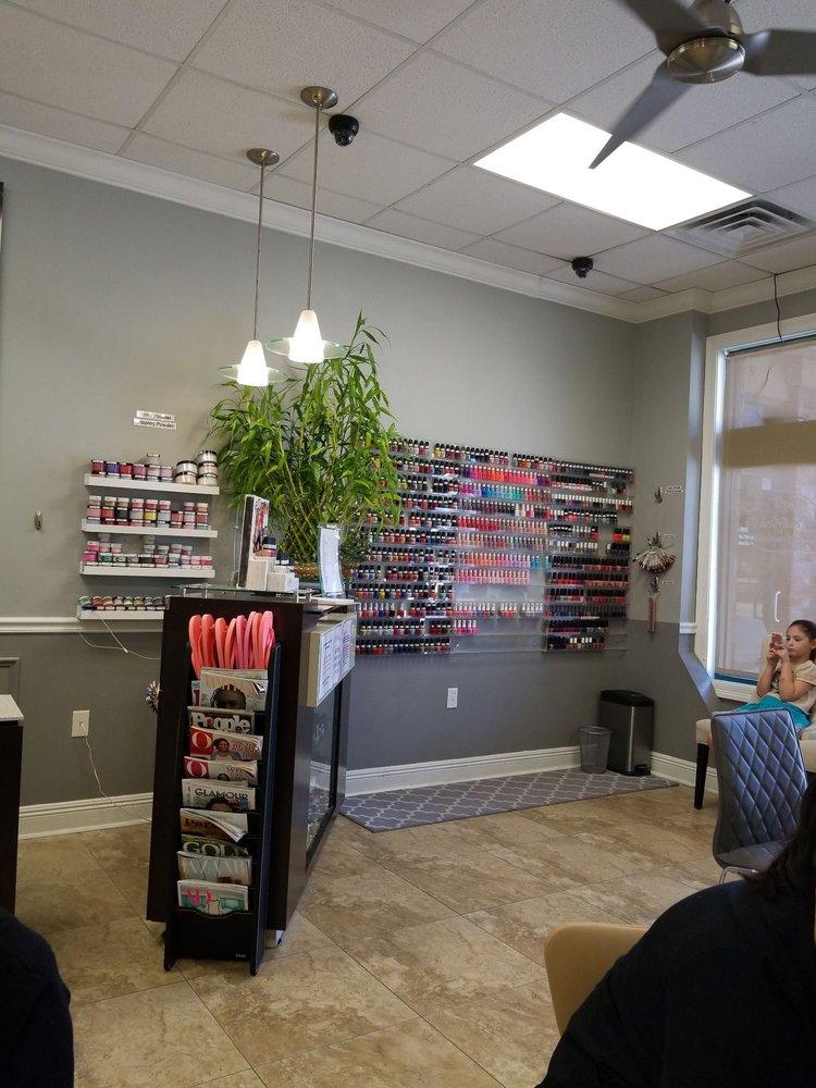 Chalmette Nail Salon Gift Cards - Louisiana | Giftly