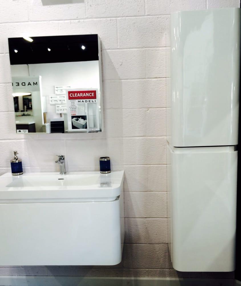 Ultra bathroom vanities cozinhas e casas de banho 324 for Bathroom cabinets yelp