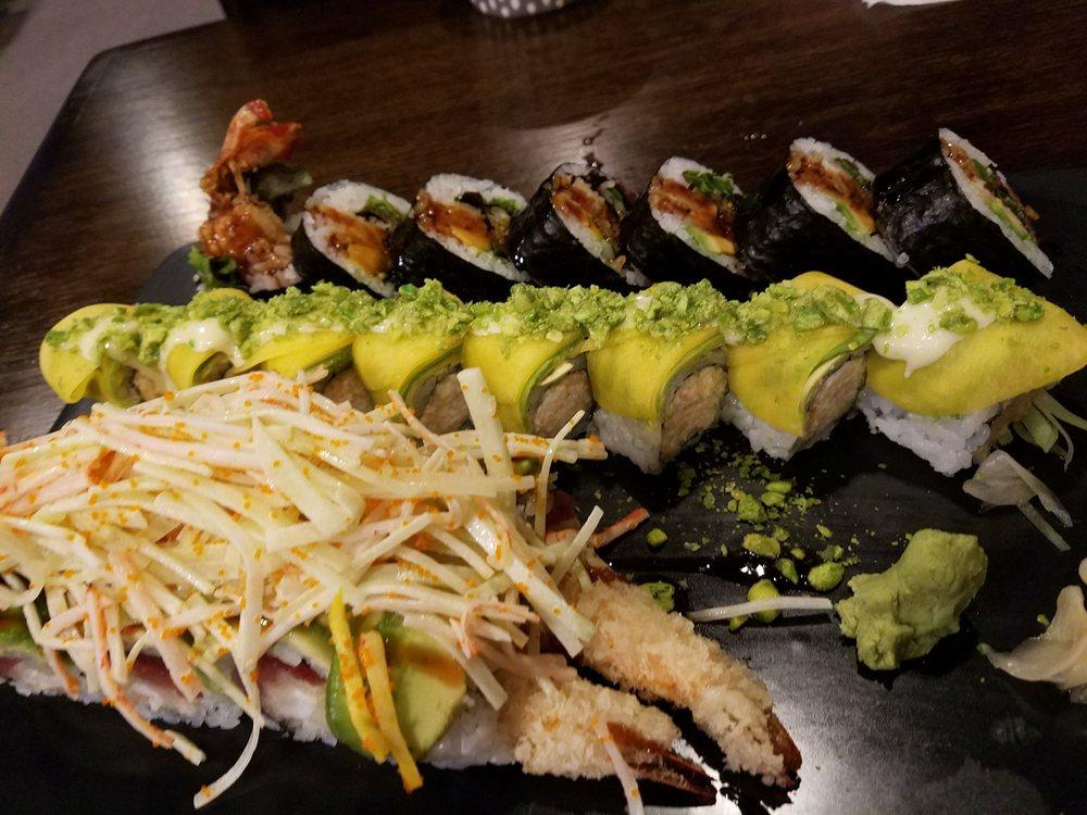 Sam's Sushi Bistro: 654 Horseblock Rd, Farmingville, NY