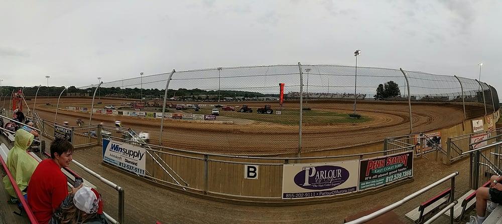 Lawrenceburg Speedway: 351 E Eads Pkwy, Greendale, IN