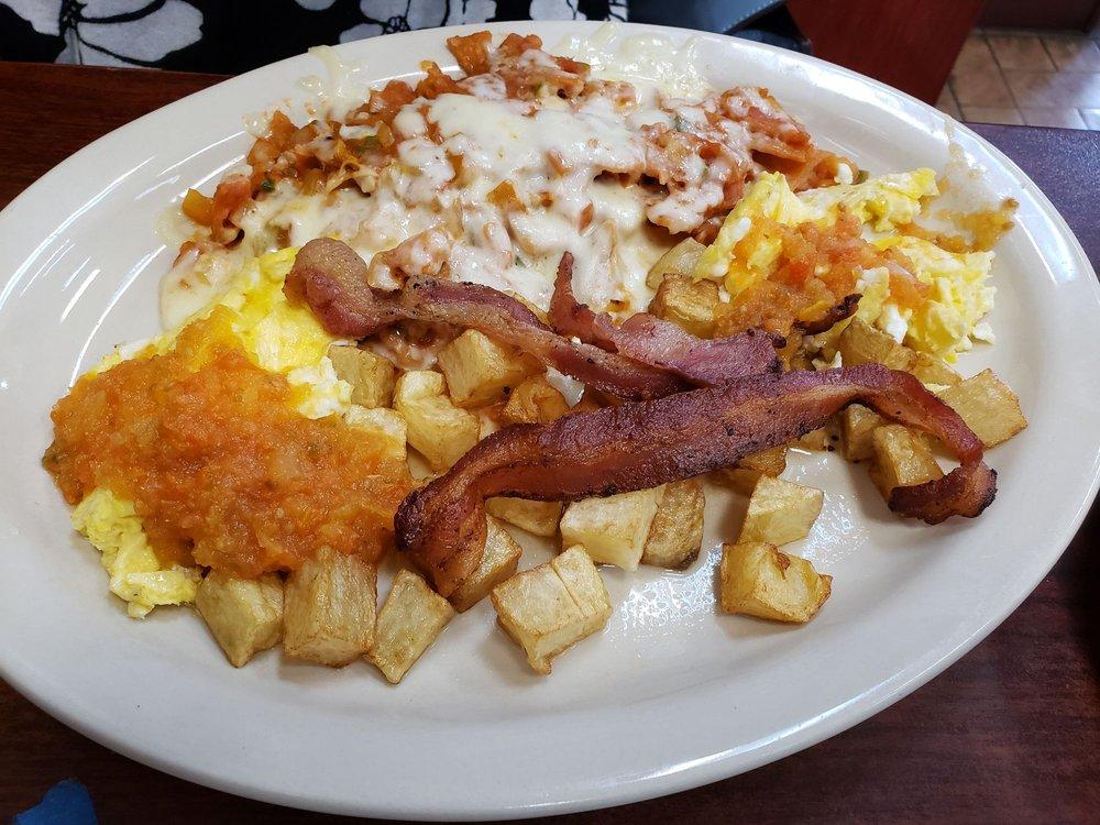 Papa Joe's Cafe: 103 S Texas Ave, Mercedes, TX