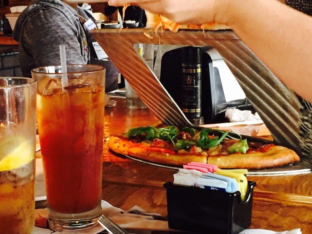 Slyce Pizza Kitchen