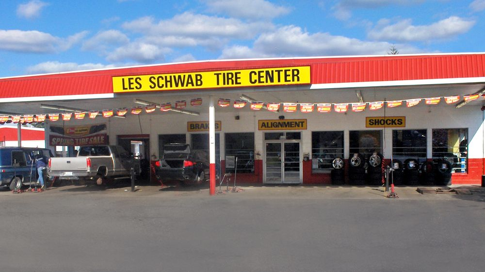 Les Schwab Tire Center: 8405 State Ave, Marysville, WA