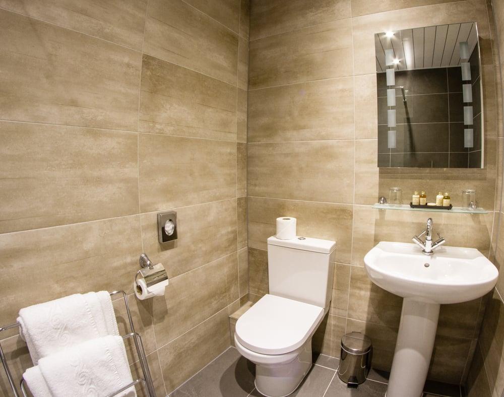 Best Western Plus Blackpool Lytham St. Annes Glendower Hotel | North Promenade, St Annes On Sea, Lytham St Annes FY8 2NQ | +44 1904 695709