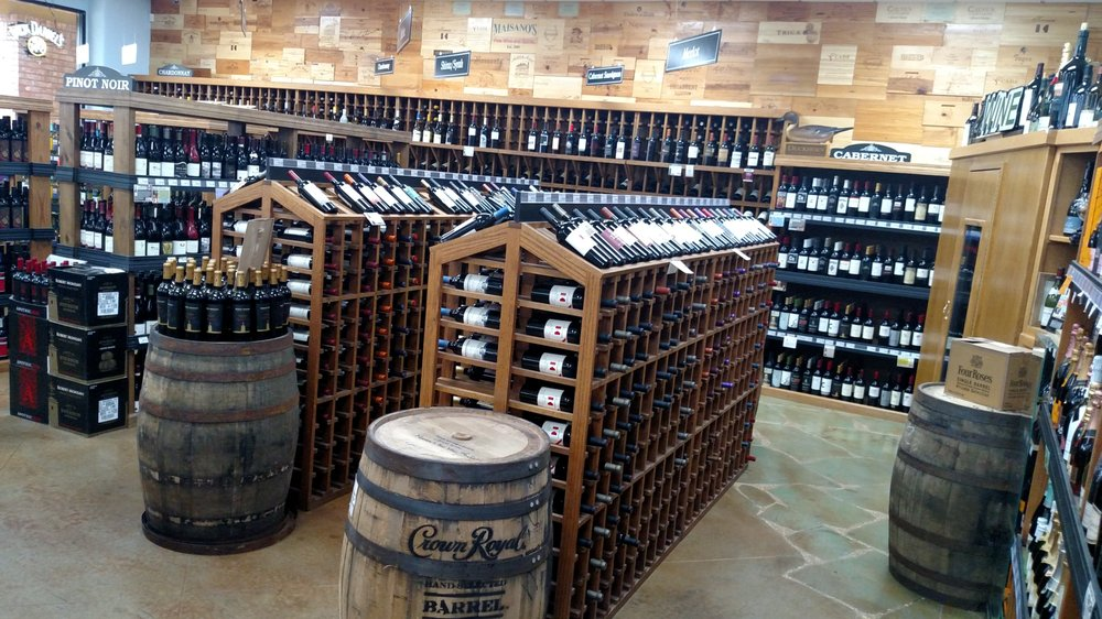 Maisano's Fine Wine and Spirits: 1622 Bienville Blvd, Ocean Springs, MS
