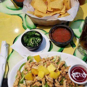 Bugambilias Cocina Latina - 10 Photos & 30 Reviews - Mexican - 610 ...