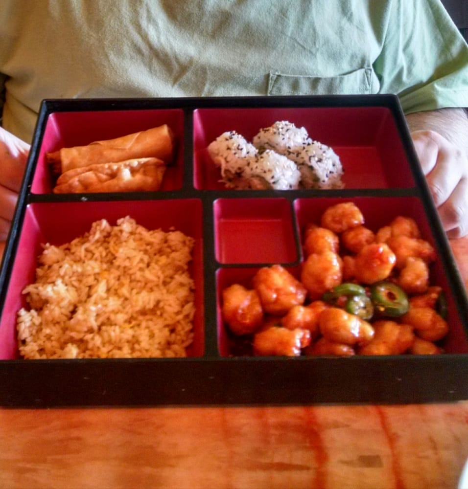 bento lunch box with delicious orange chicken yelp. Black Bedroom Furniture Sets. Home Design Ideas