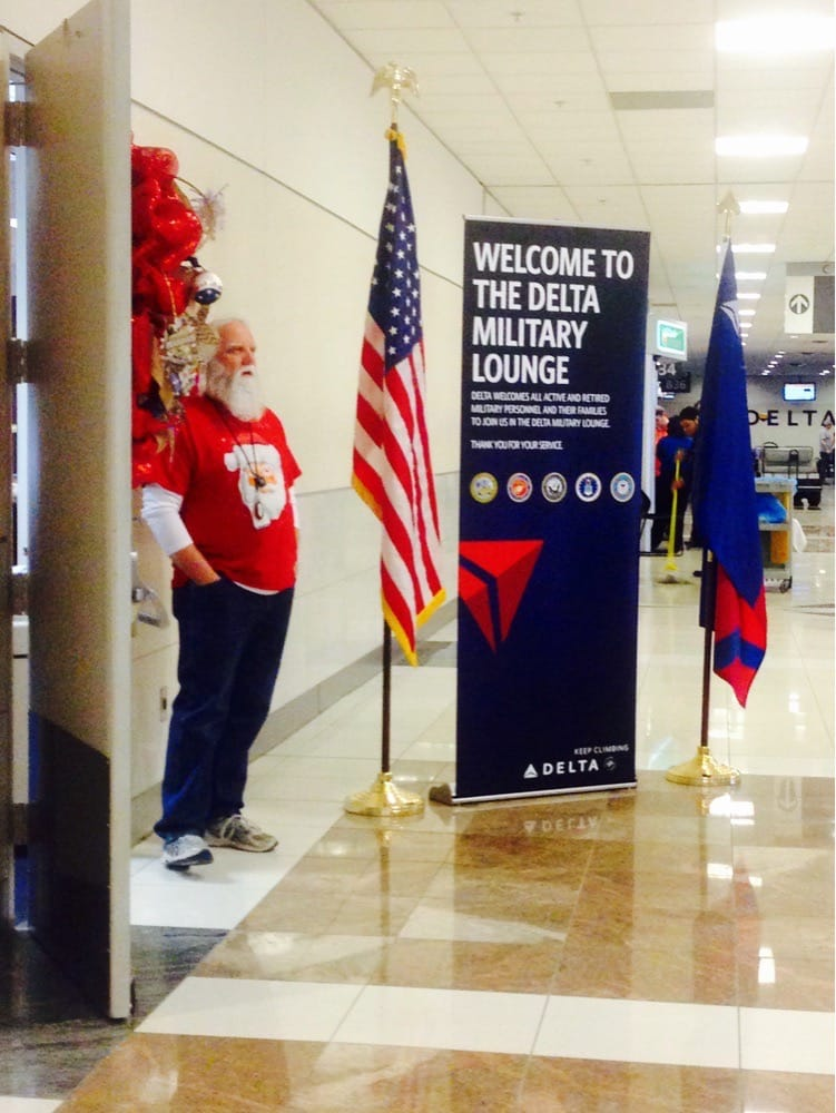 Delta Military Holiday Lounge: Atlanta, GA