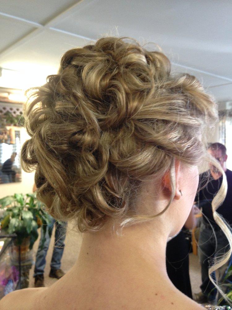 Neal & Friends Hair Design: 4520 Waverly Rd, Huntington, WV