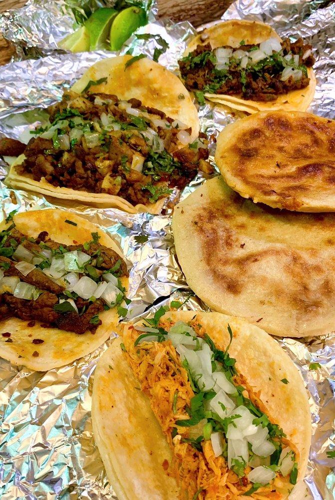 Food from Taqueria Jimenez