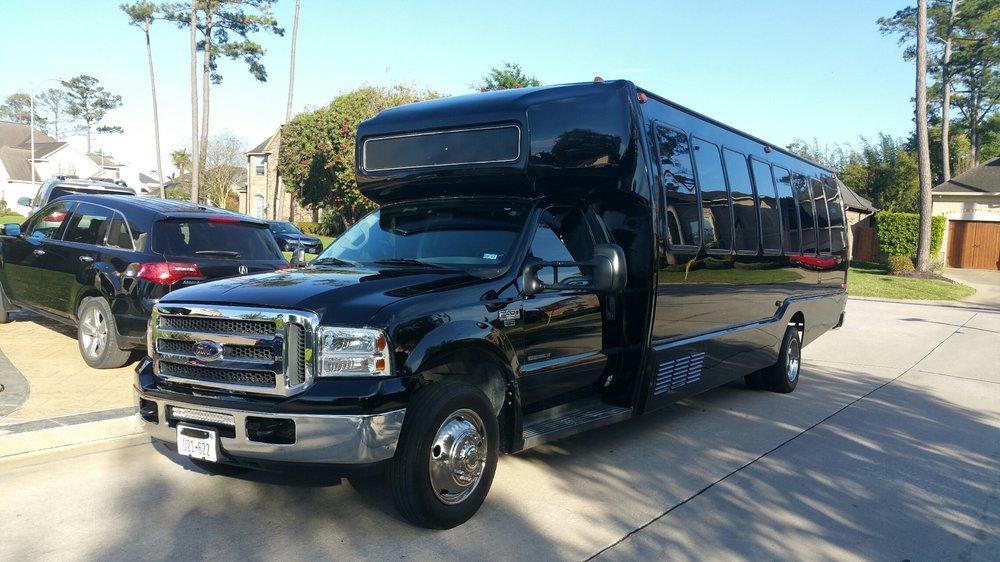 Signature Limousine: 6031 Hwy 6 N, Houston, TX