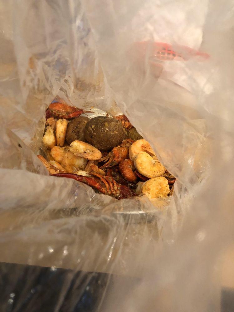 Seafood On The Bay: 21-27 Bay St, Glens Falls, NY