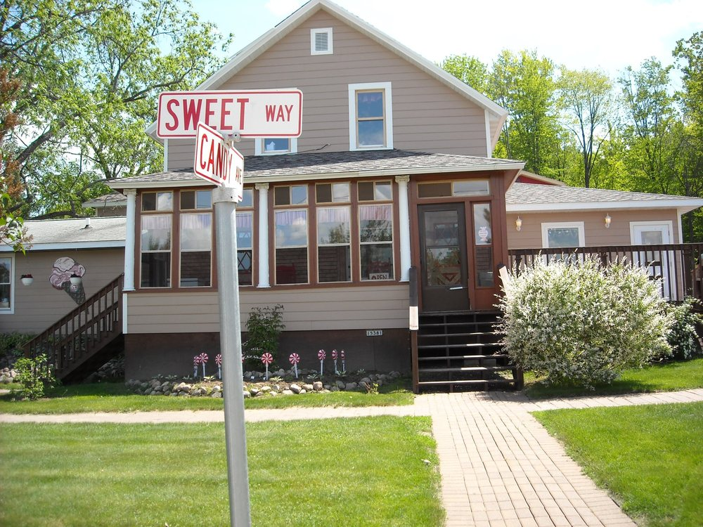 Sweet Memories Candy Shoppe: 15381 State Highway 32, Lakewood, WI