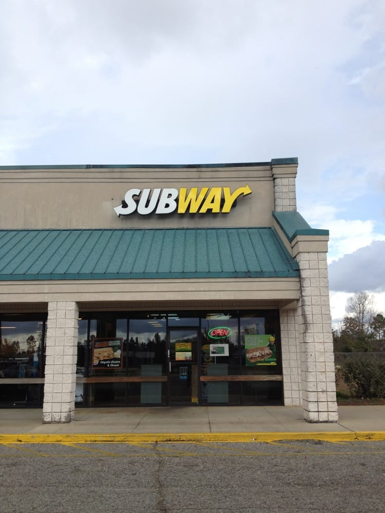 Subway Restaurants: 150 Lindberg Avenue, Atmore, AL