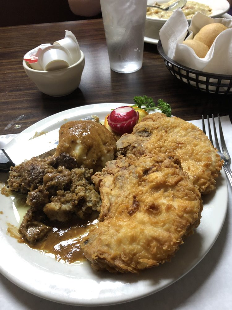 Burkey Family Restaurant: 670 Shiloh Springs Rd, Dayton, OH