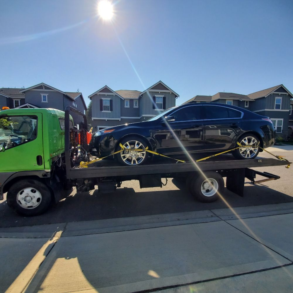 Towing business in Waller, WA