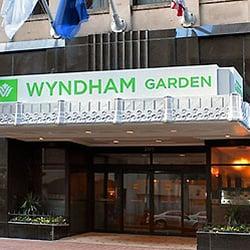 wyndham garden hotel baronne plaza 63 photos 154. Black Bedroom Furniture Sets. Home Design Ideas