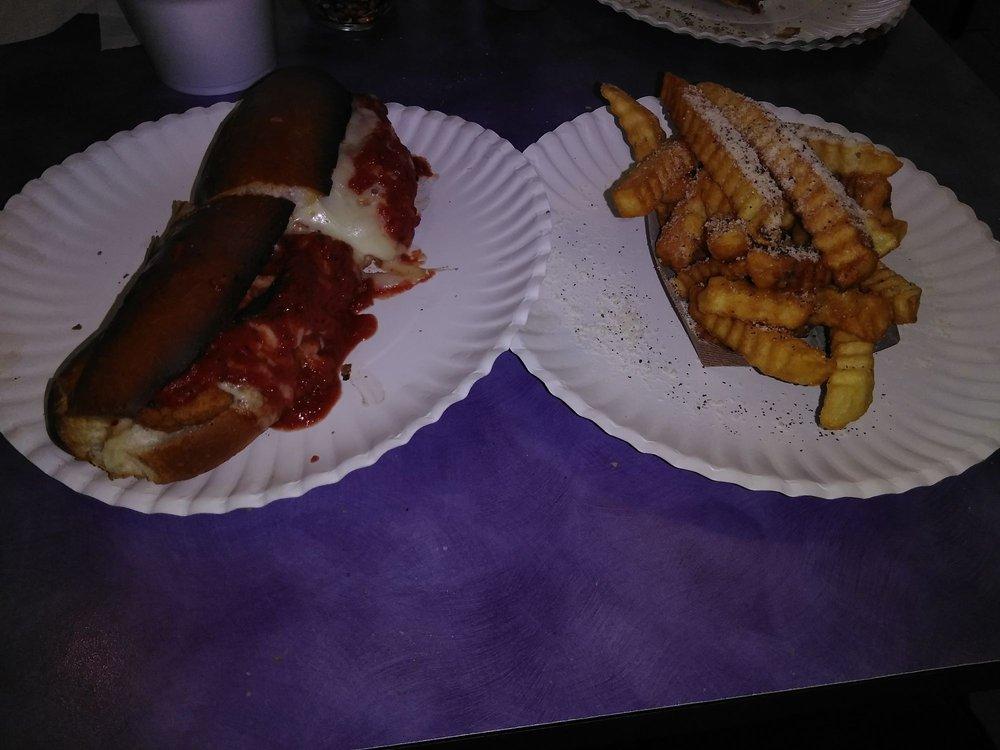 Jim & Nena's Pizzeria Hallam: 299 W Market St, Hallam, PA