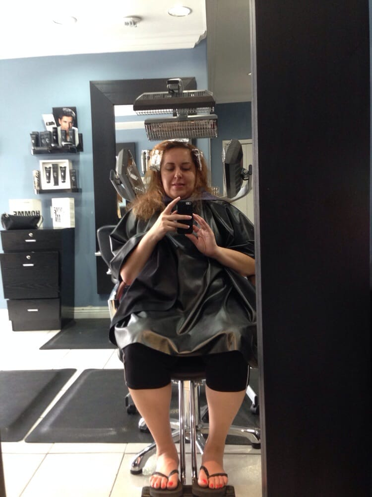 Photo Of Blue Sky Hair Salon   Los Angeles, CA, United States. Sitting