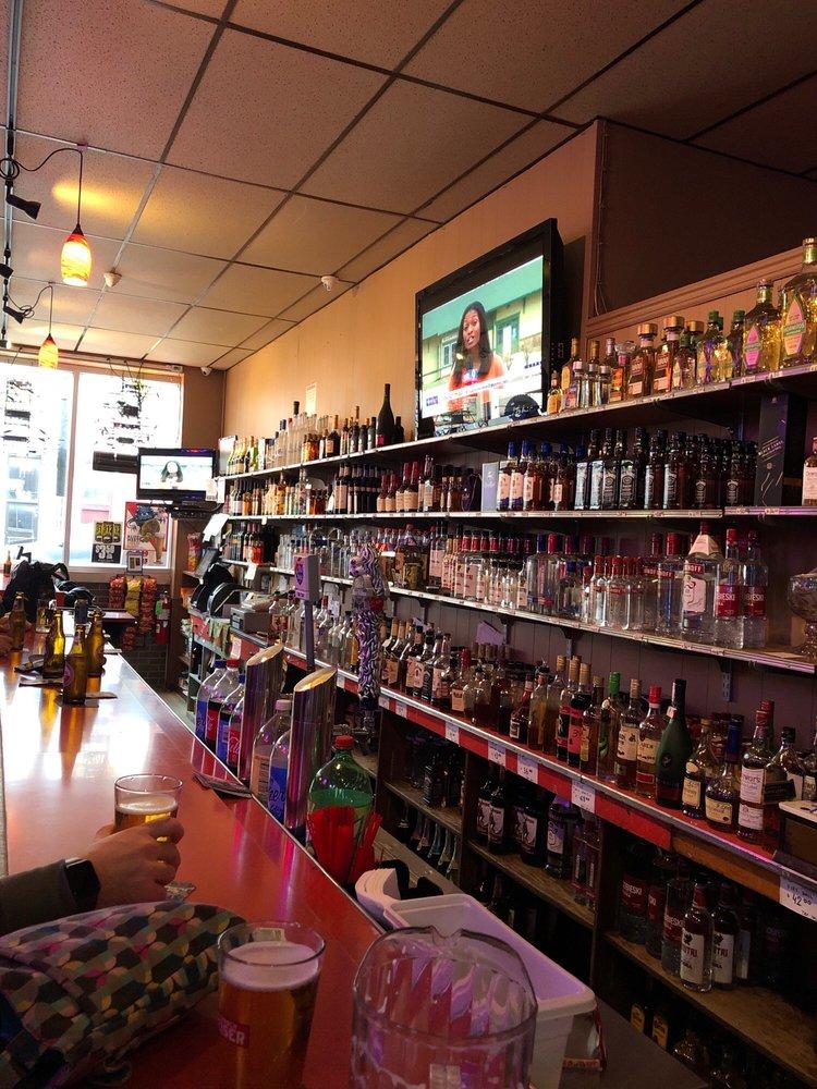 Ola's Liquor: 947 N Damen Ave, Chicago, IL