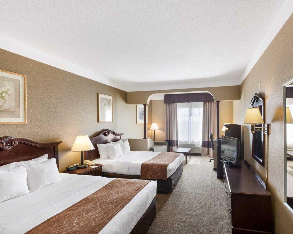 Comfort Suites: 3615 Grandview Drive, Plainview, TX