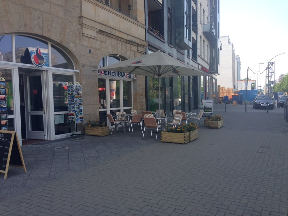 Benefice Cafe Berlin Chausseestr