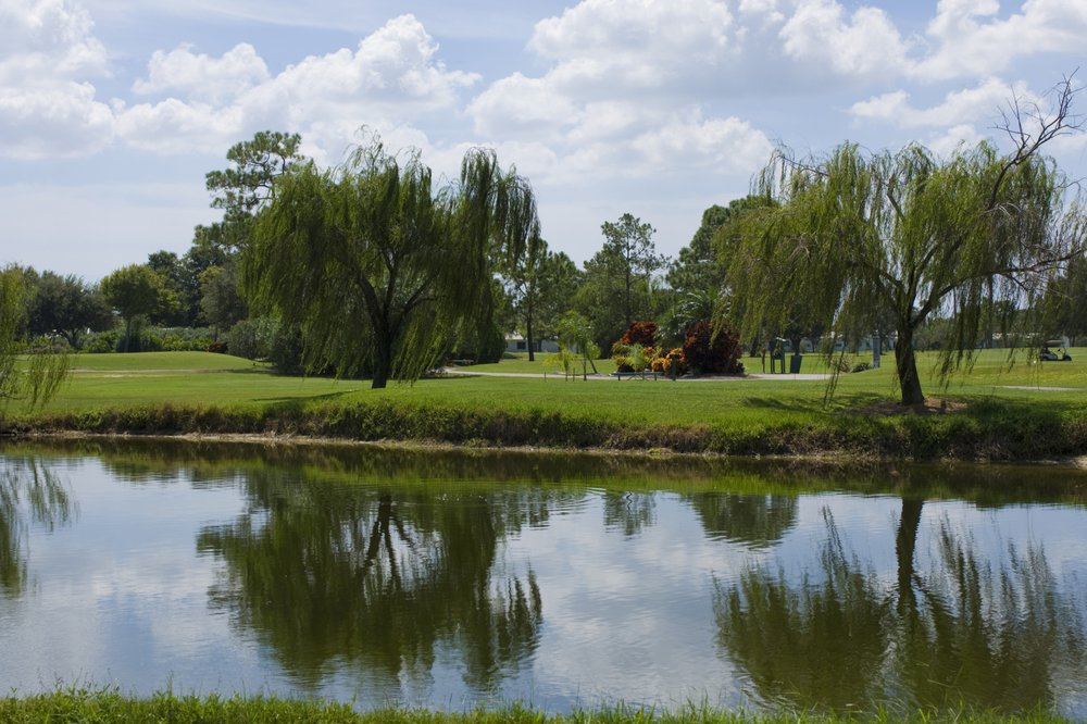 Mainlands Golf Course: 9445 Mainlands Blvd W, Pinellas Park, FL