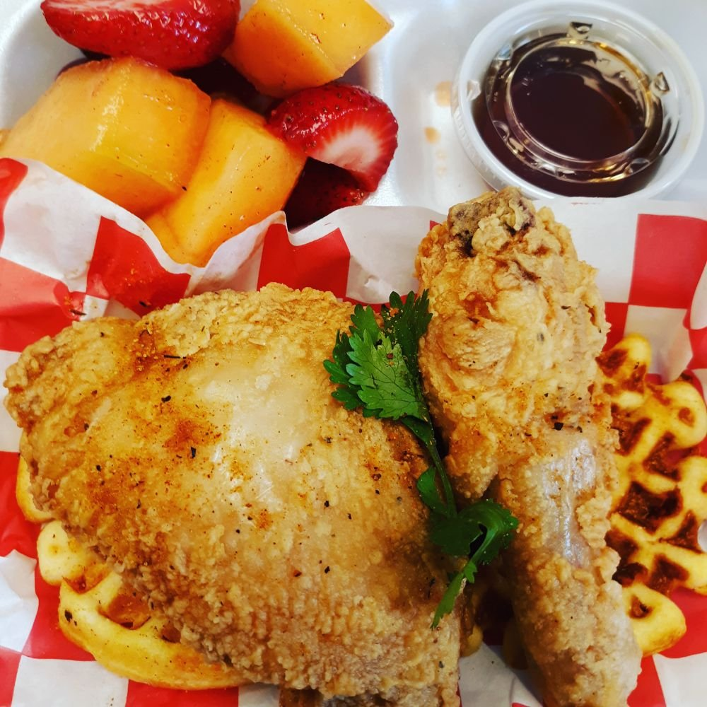 Johnnie Mae's chicken &Waffle: 711 Bladen St, Beaufort, SC